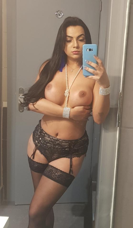Nicoly Mineirinha